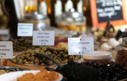 olives sur le marché
