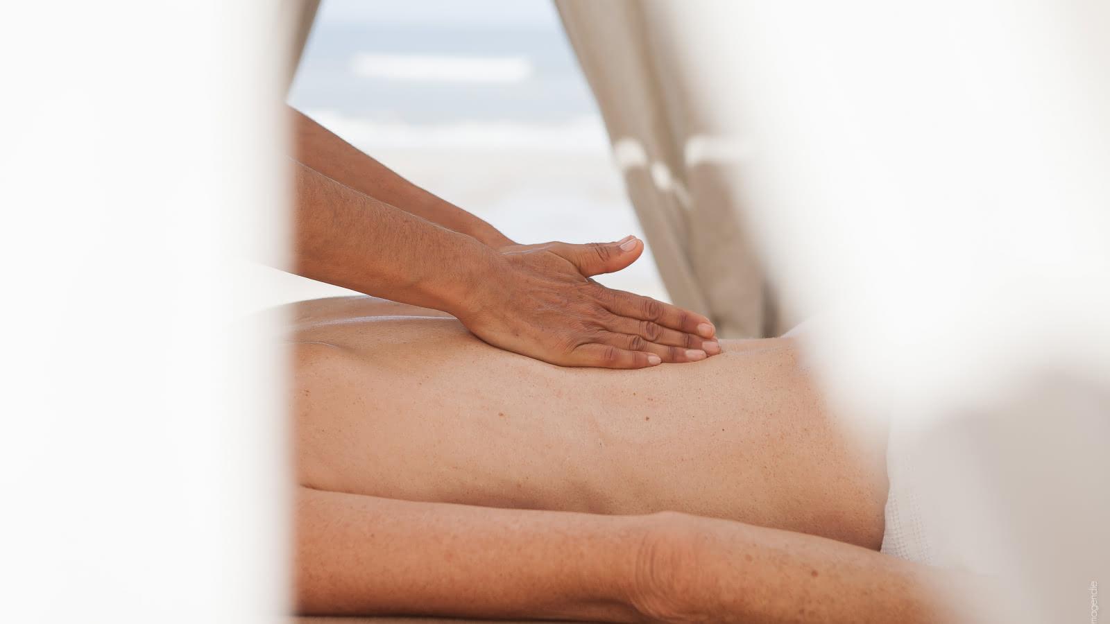 © Isabelle Magendie Bien être et détente - Massage