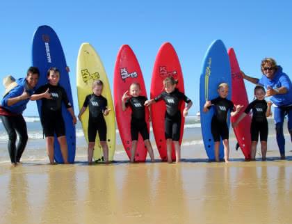 © Djé - 1 moment 1 image surf pour les enfants