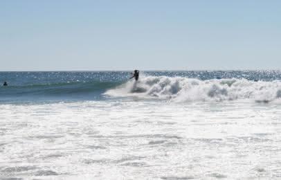 Surfeur Lacanau - © Médoc Atlantique