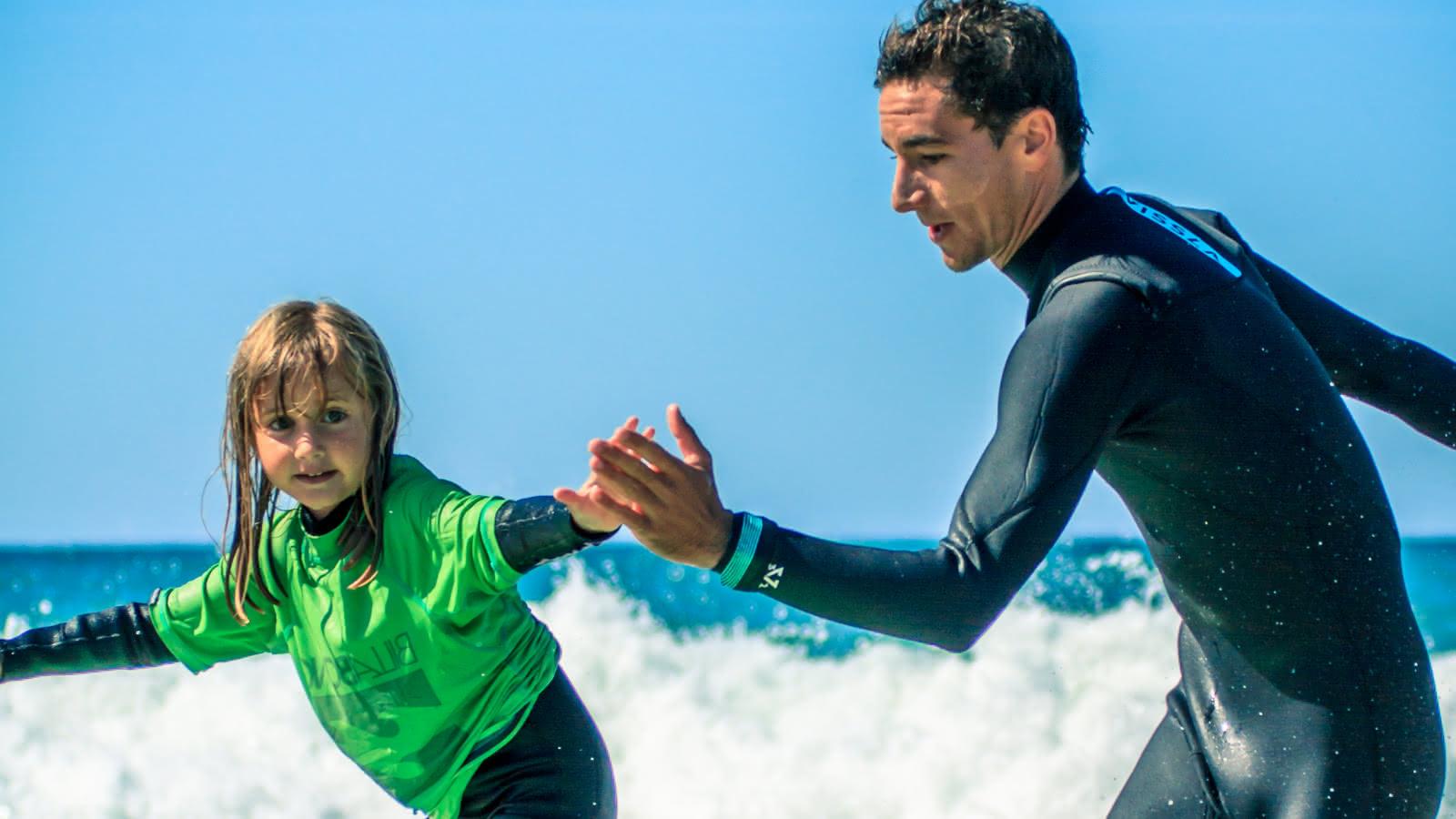 Cours et stage de surf enfants Lacanau