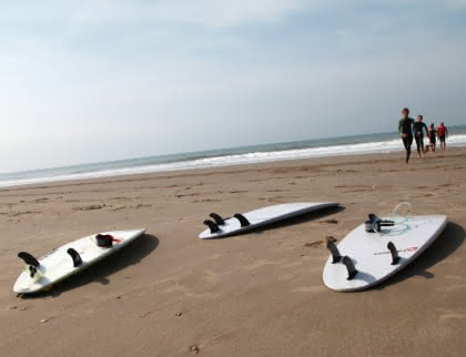 Stage de surf à Soulac (c) Médoc Atlantique