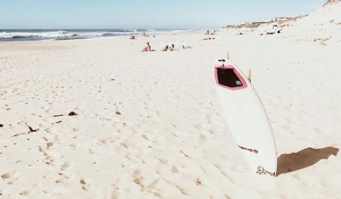 (C) Adam K-fé Ecole de surf