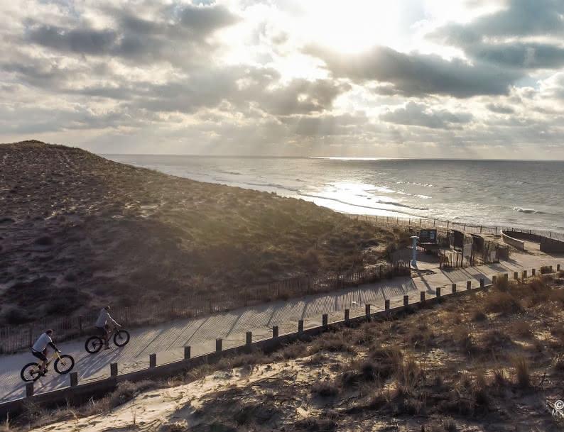 Aeriens Carcans velo - © Pierre Frechou - mringalss-films.com