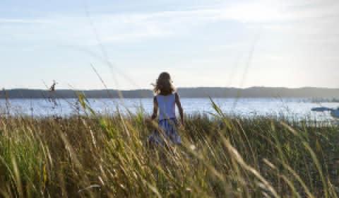 © Isabelle Magendie Journée au lac d'Hourtin - fillette