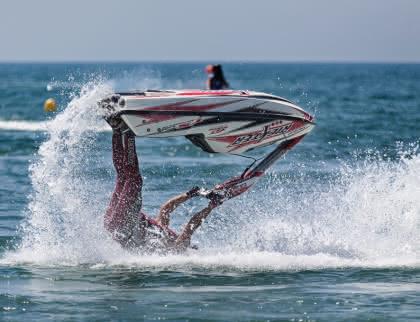 Activités jet ski - quino-al