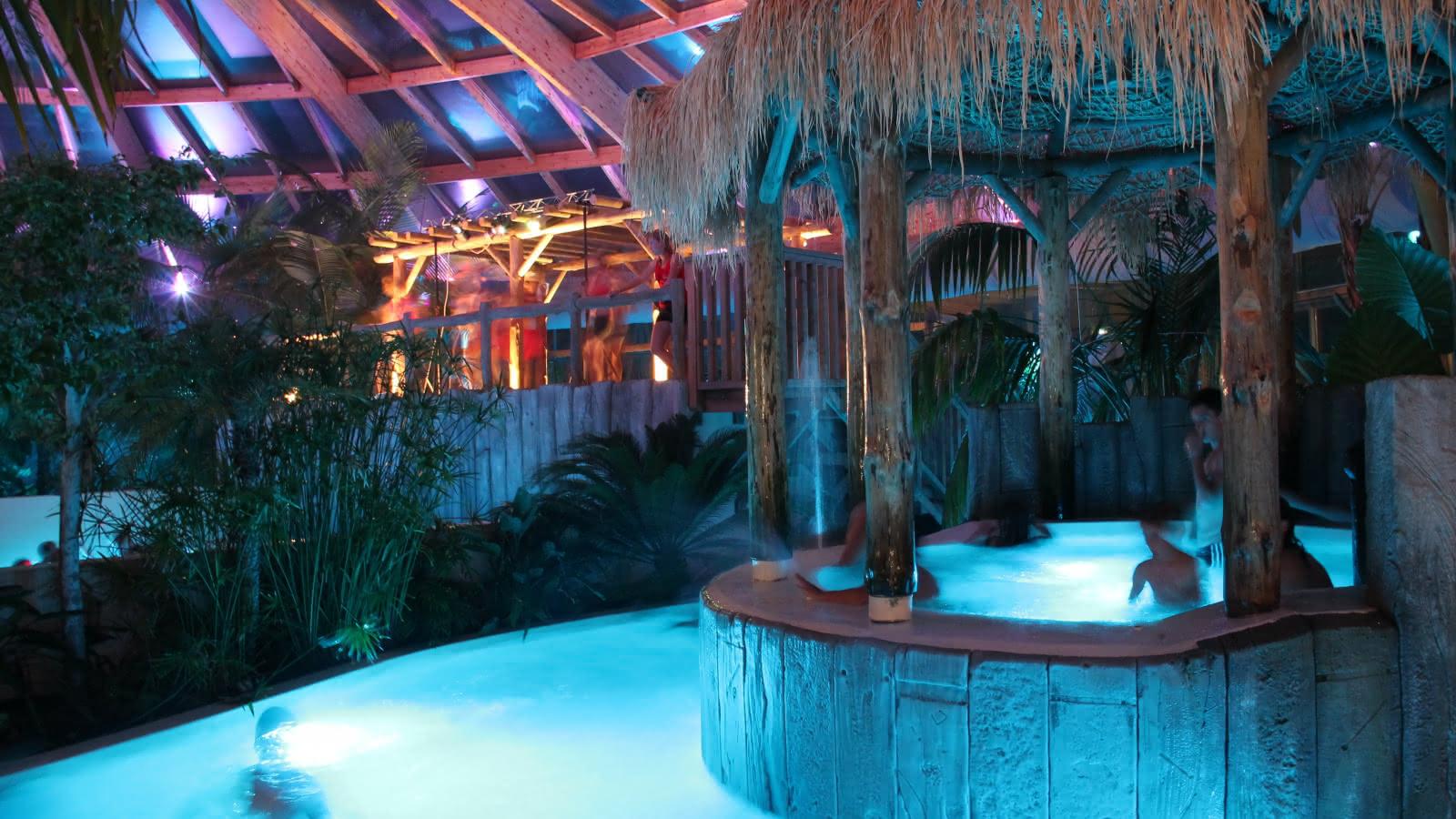 Parc aquatique-Aqualiday-Lacanau-aqualinight 2