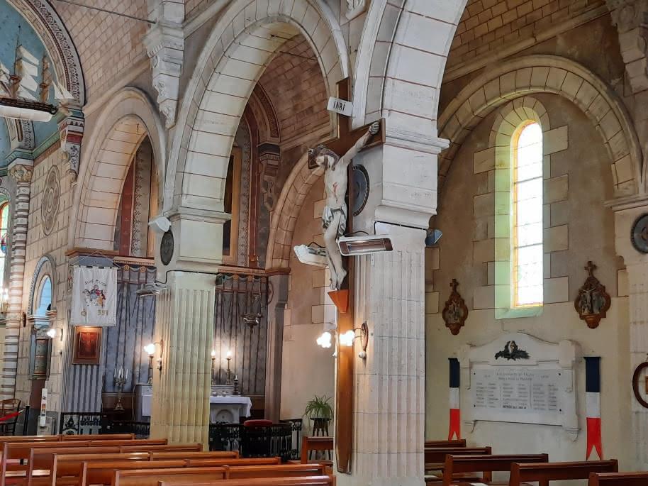 Intérieur Eglise de Talais