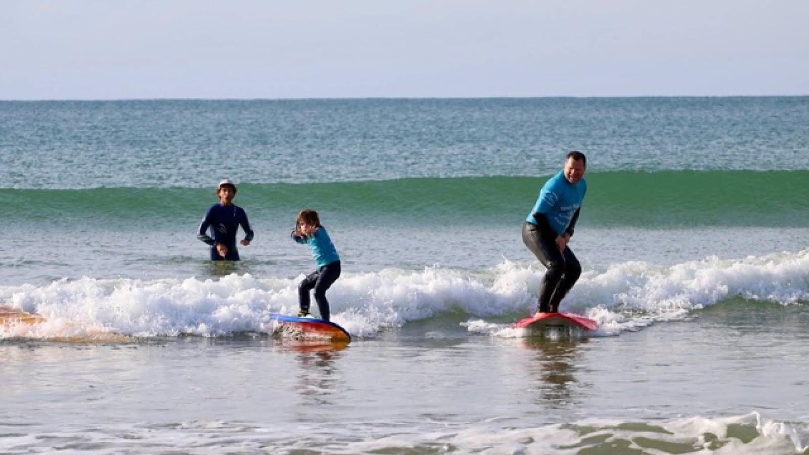 Big Mama Surf School3