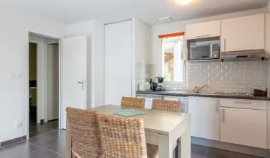 Les-Rives-du-Lac-Lacanau-Appartement-2P4-Séjour-03