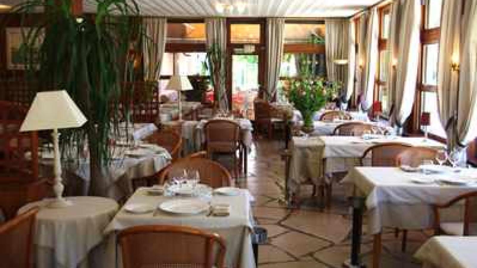 Hôtel des Pins Copyright CAPSUR14