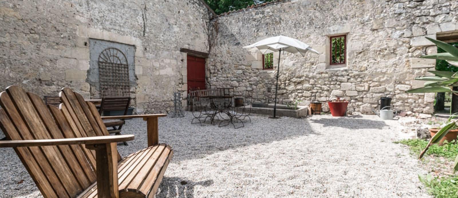 Château-Pontac-Lynch2