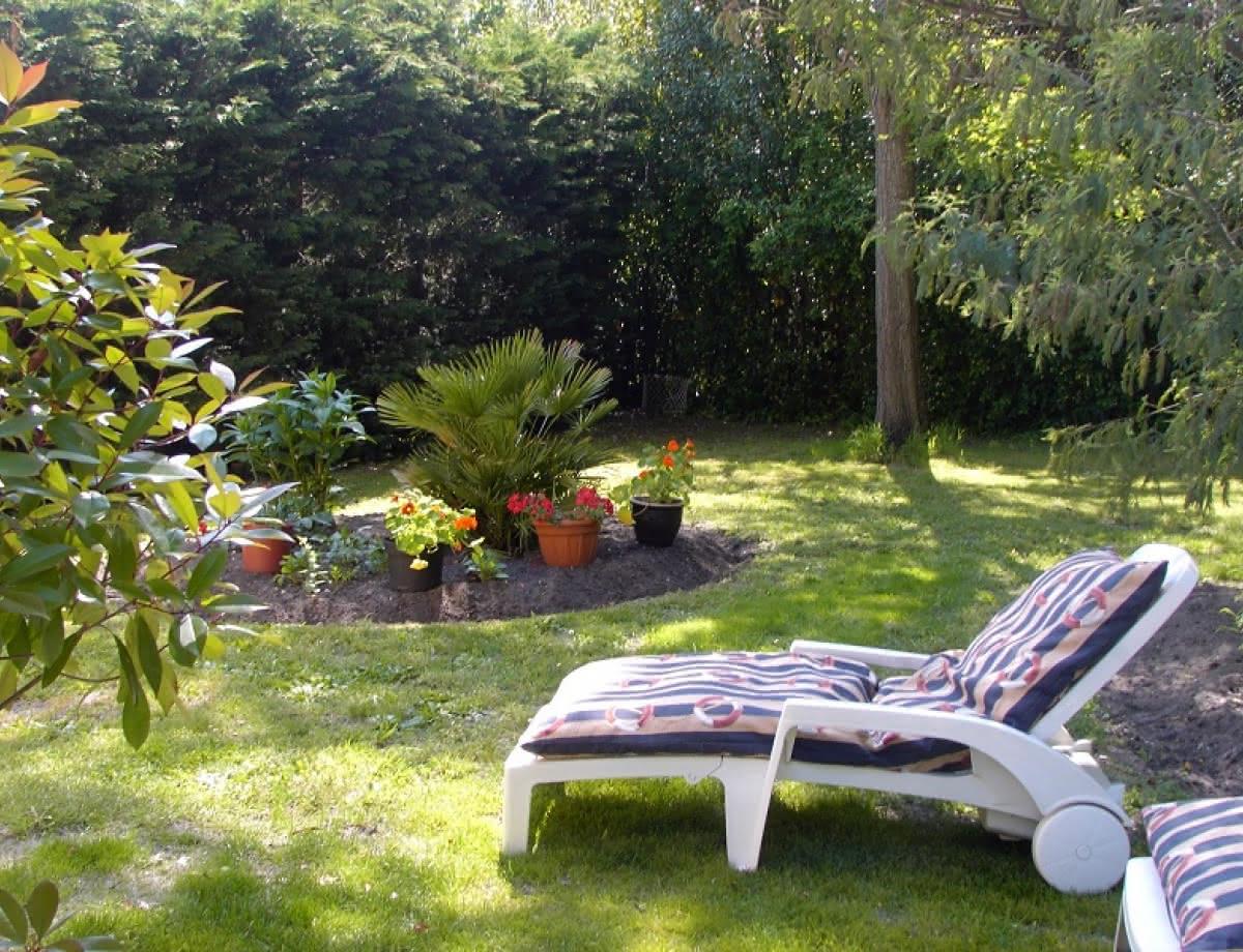Location-Dumartin--Hourtin-jardin