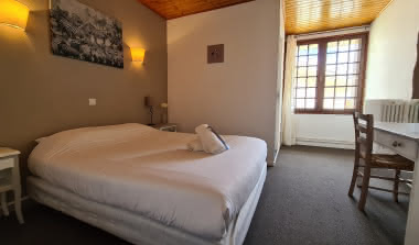 Hôtel les Vieux Acacias 3