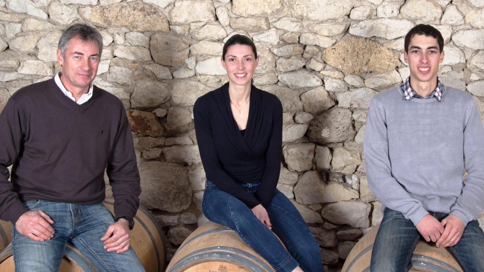 0Jean-Pierre, Mélissa & Loïc BERGEY, Viticulteurs-Oenologue