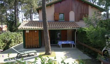 LOCATION DE VACANCES EYRAUD LACANAU1