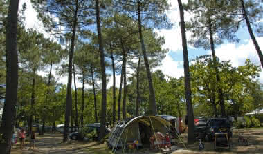 emplacements-camping-les-ourmes