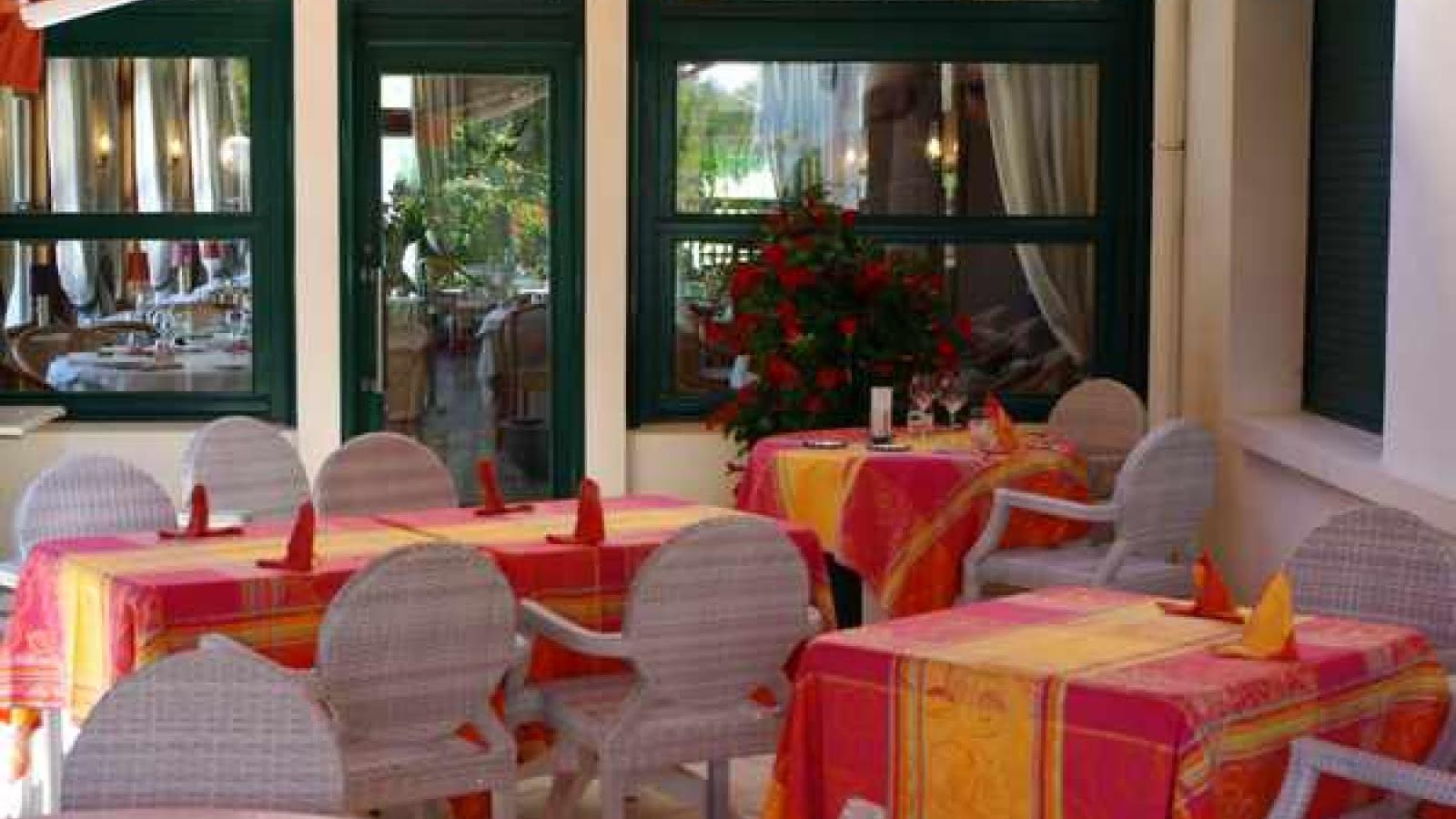 Hôtel des Pins Copyright CAPSUR11