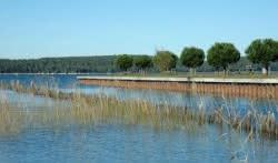 Canal et rives est lac